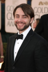 vincent-kartheiser-2009-golden-glob.jpg